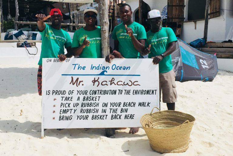Zanzibar troep op strand