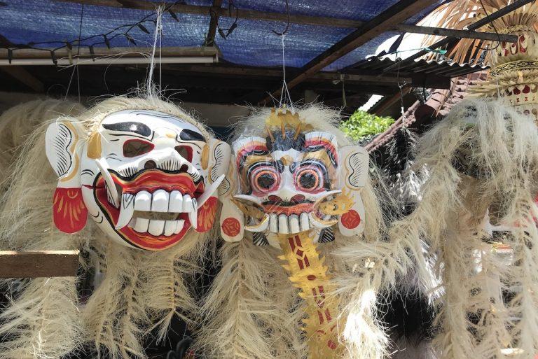 De spagaat tussen traditie en moderniteit: een kijkje in het leven van de Balineze vrouwen uit mijn klas