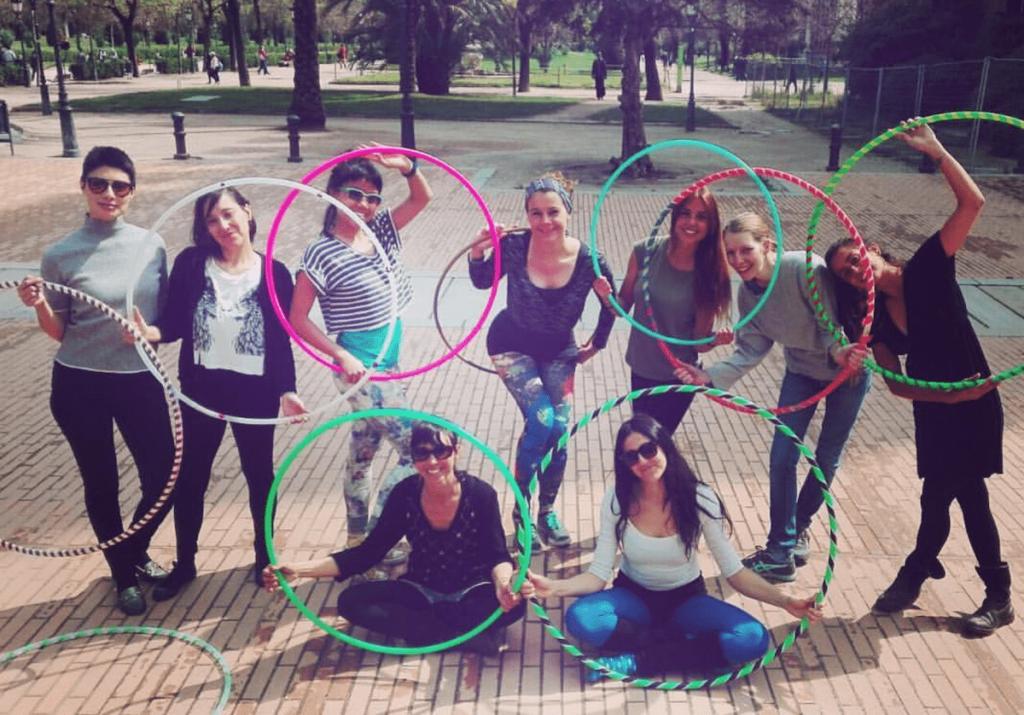 Een internationale hoopdance community als thuishaven in Barcelona!