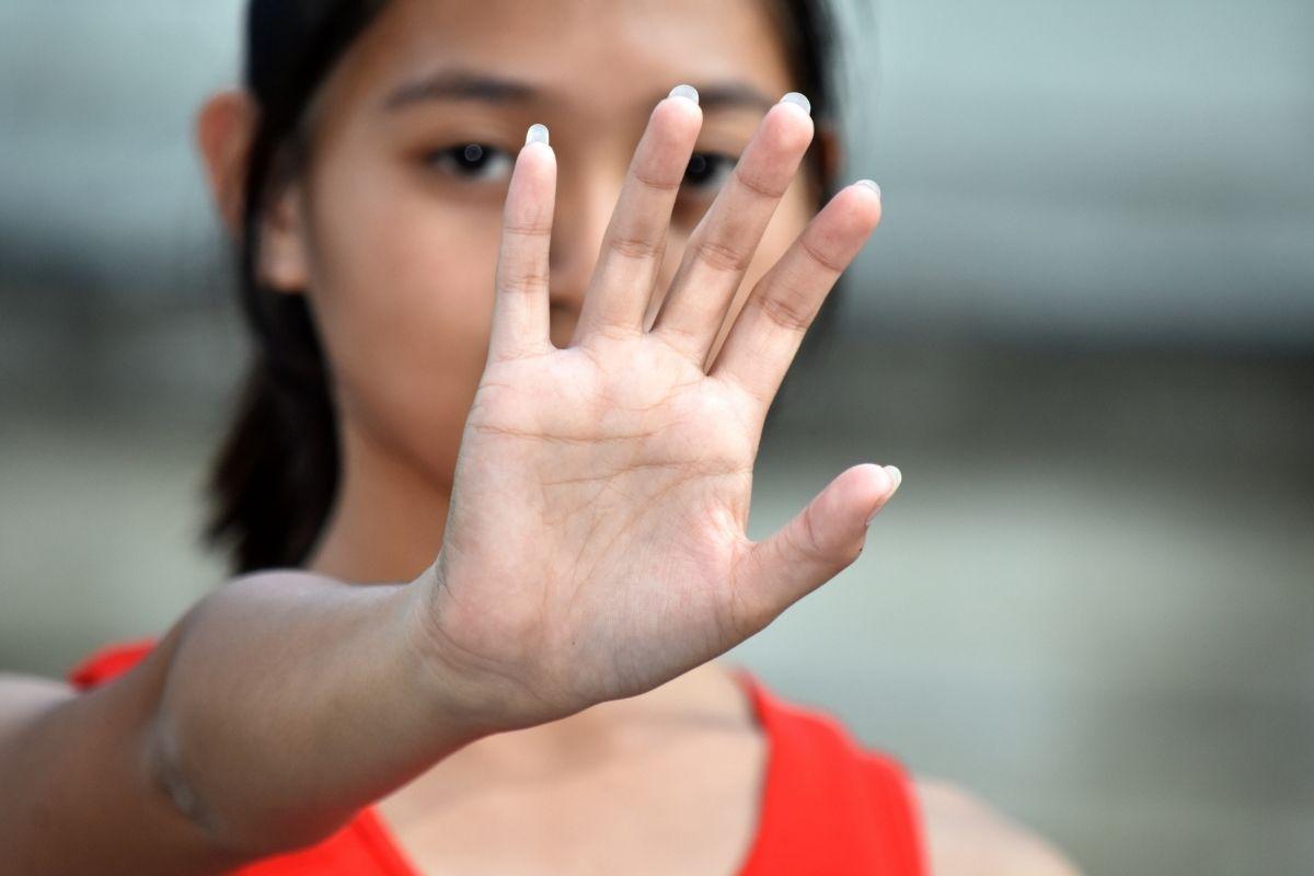 Geweld tegen meisjes